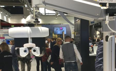 Essilor a lancé son nouveau réfracteur Vision-R 800.png
