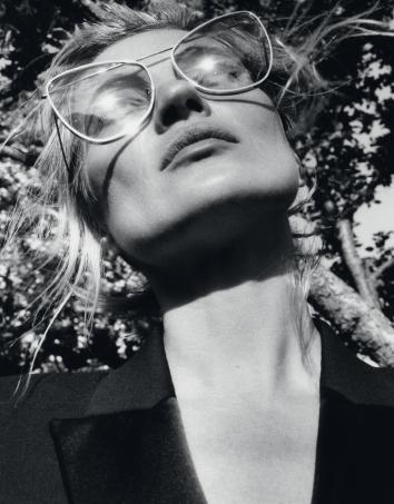 Kate Mosségéried'Alexander McQueenEyewear