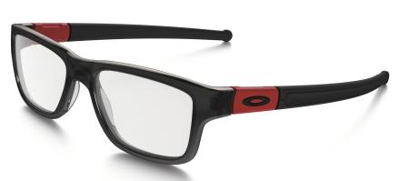 Avec sa forme plus arrondie, la lunette Cloverleaf se veut plus tendance et  mêle touche rétro et look intellectuel décontracté. a4feb3c7f7c1