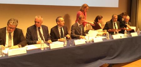 Signature desprotocoles d'accord avec les représentants signataires en optique (Rof et Synom), audio et dentaire