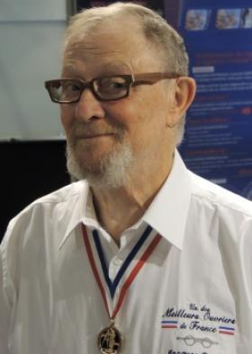 Jacques Demay, un des Meilleurs Ouvriers de France en Lunetterie, est décédé dans la nuit du 2 au 23 janvier 2018.