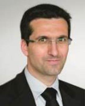 « Les magasins en croissance positive sur 2012 sont dans un réseau de soins », affirme Patrice Camacho, Directeur Santé de Krys-Group