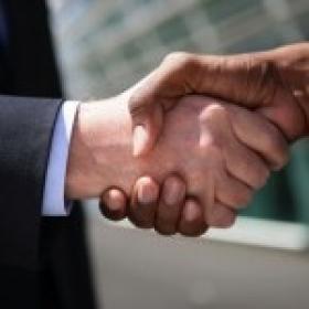 Essilor finalise 6 nouveaux partenariats en Amérique du Nord et en Amérique latine