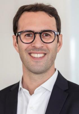 Un nouveau directeur commercial verres chez Essilor France