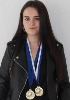 Louna Bagory a remporté 3 médailles d'or en optique