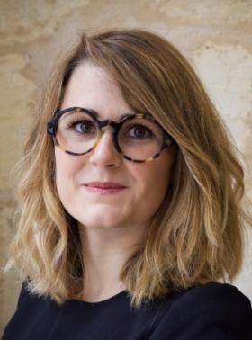 A 23 ans, cette opticienne lance sa 1re collection faite à la main en France