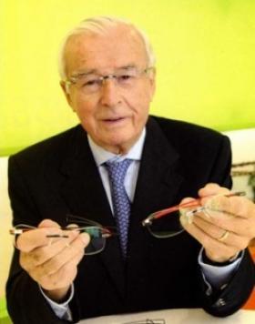 Décès de Wilhelm Anger, inventeur de l'Optyl et fondateur de Carrera
