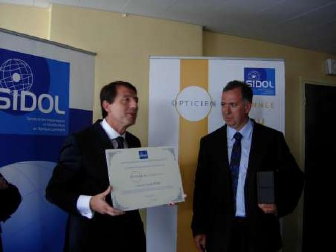 André Balbi, propriétaire de 18 magasins en Corse, élu Opticien de l'année 2011