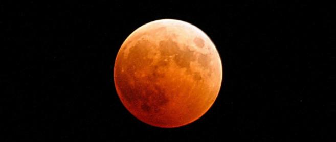 La plus longue éclipse lunaire du siècle sera visible en France le 27 juillet !