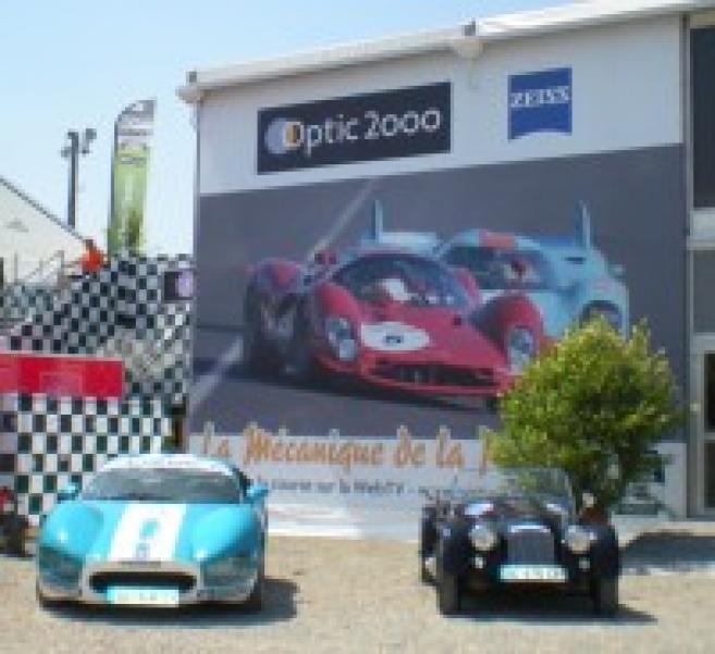 optic 2000 poursuit ses partenariats dans le sport automobile et fait avec zeiss de la. Black Bedroom Furniture Sets. Home Design Ideas