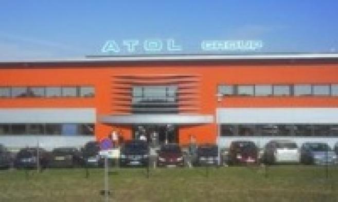 Atol étend sa plateforme logistique de Beaune : le ministre Xavier Bertrand pose la 1ère pierre