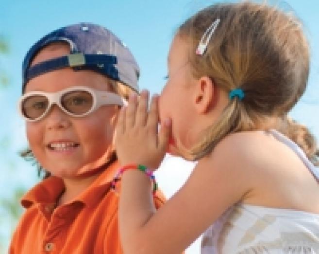 Amblyz : des lunettes électroniques pour traiter l'amblyopie chez les 3-10 ans