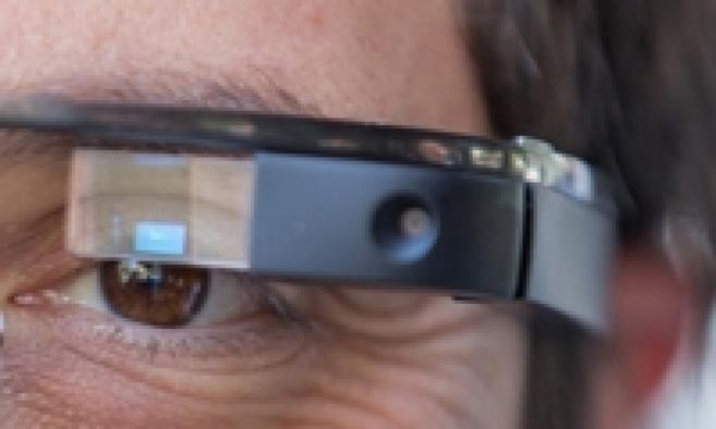 Rochester présente son modèle de Google Glass avec verres correcteurs
