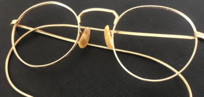 Les lunettes emblématiques de John Lennon vendues aux enchères