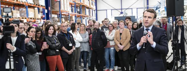 Emmanuel Macron nous confie sa méthode pour un remboursement à 100 % des frais d'optique