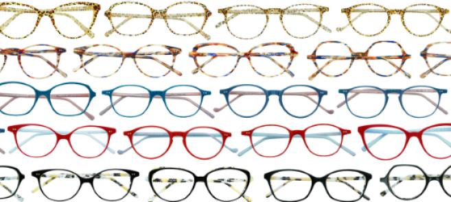 L'Atelier Couleurs propose à l'opticien partenaire de « composer » sa propre collection Lafont, fabriquée à la demande sur la base de 10 formes et 10 coloris, ce qui représente 100 combinaisons inédites