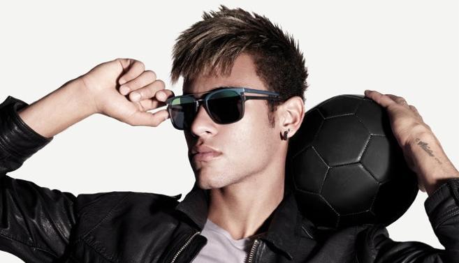 « Police by Neymar », la collection d'un champion de football brésilien