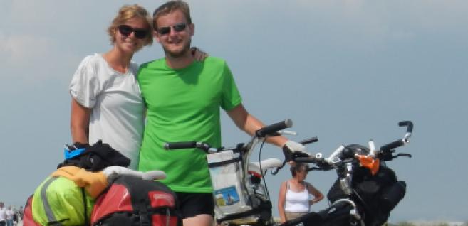 Participez au projet humanitaire, « Un vélo pour 2, des lunettes pour tous »
