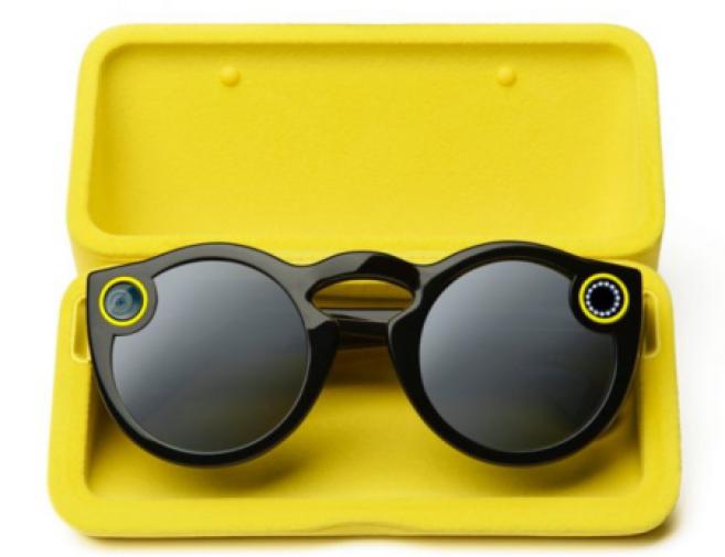 Les lunettes Snapchat continuent de casser les codes