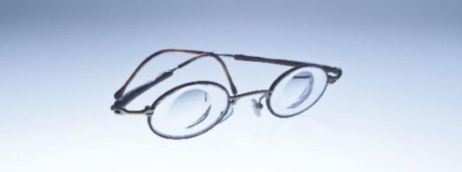 Photoreportage : Avec ses verres spéciaux, Essilor pense à tous les amétropes