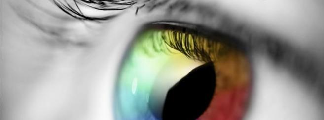 Un tatouage de la cornée pour changer la couleur des yeux