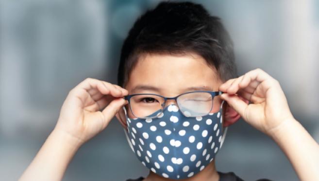 Port du masque : un kit pour éviter la buée sur les verres