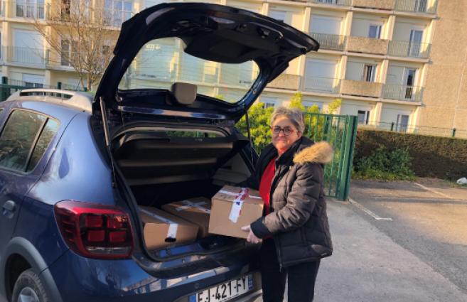 Covid-19 : Zeiss offre 24 PC portables pour les élèves d'une école rennaise