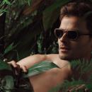 Essences de bois, acétate et lunettes tout en rondeur: la collection capsule de Patrick Jouin pour Hakino