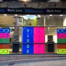 Le magasin Optic 2000 de Gaillac remporte le concours vitrine « fluos » de Roussilhe