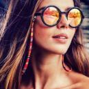 Le Petit Cordon: un site pour remettre au goût du jour le cordon à lunettes