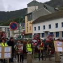 Logo: Les salariés manifestent pour la sauvegarde de leur usine et de leurs emplois