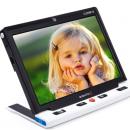 Une loupe électronique avec un écran de 10 pouces commercialisée par Ab Vision