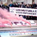 Les Olu toujours combatifs avec le Collectif de Mars, devant la Mutualité Française!