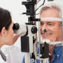 Ils font la queue en pleine nuit pour consulter un ophtalmologiste