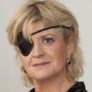 Elle perd la vue après avoir porté ses lentilles de contact sous la douche