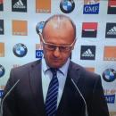 Les lunettes de Philippe Saint-André, sélectionneur du XV de France, créent le buzz sur le web!