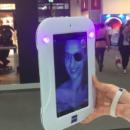 [Vidéo] une tablette tactile pour illustrer le niveau de protection UV des verres optiques