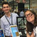 Des étudiants inventent des lunettes pour communiquer en clignant des yeux