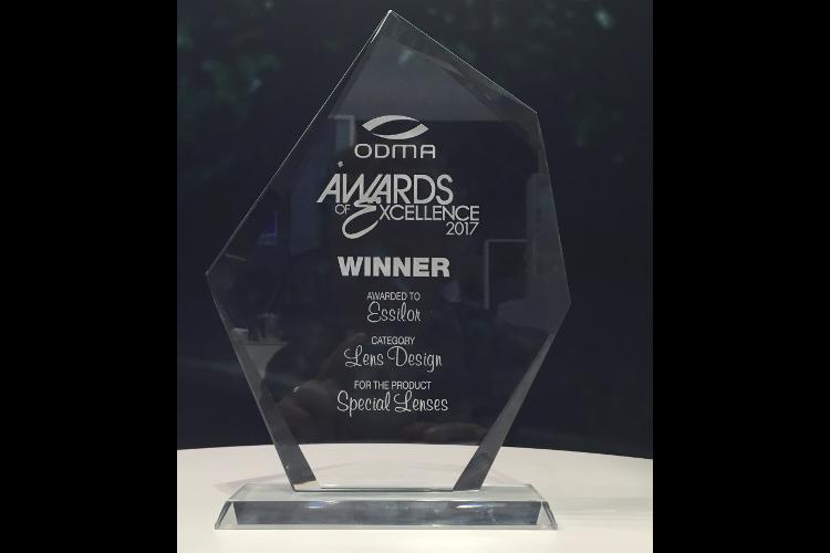 Les verres spéciaux remportent le prix de l'excellence en design verre lors de l'ODMA en juillet 2017