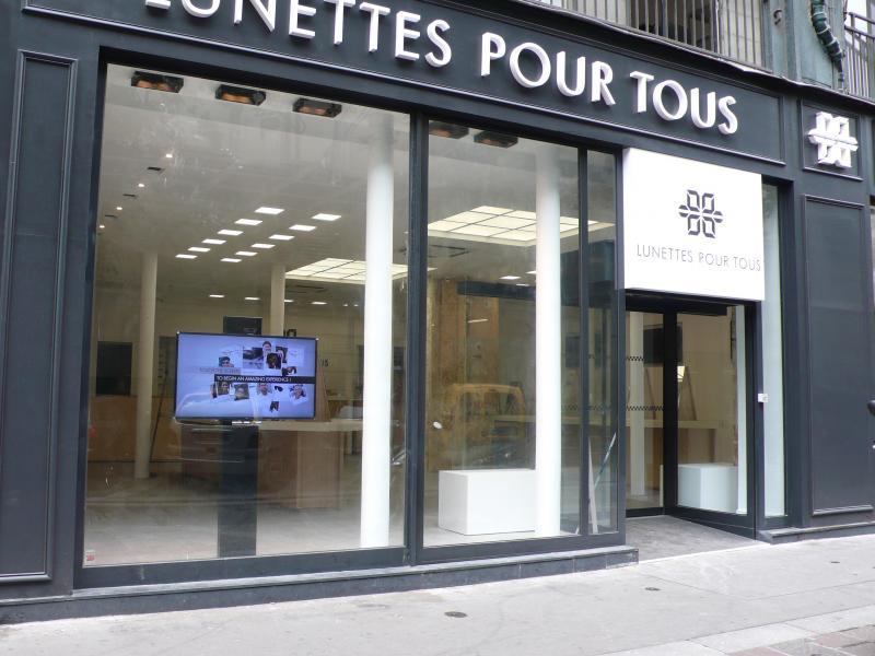 La façade rue de Turbigo - le magasin qui ouvre jeudi 22 mai est encore en travaux