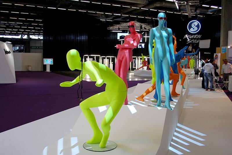 L'espace Fashion Style met en scène une centaine de labels français et internationaux de prêt-à-porter luxe, casual ou contemporain...