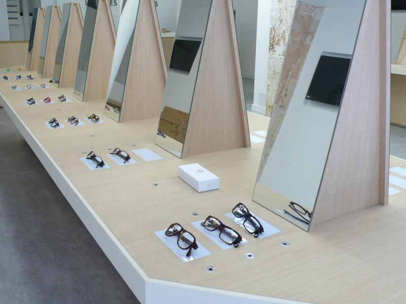 34 modèles seront présentés au public dans un esprit Apple store