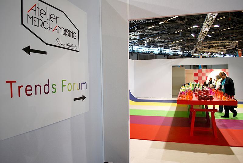 Le Happy Color – Trends Forum du Silmo, en collaboration avec l'agence Carlin, met en avant la couleur.