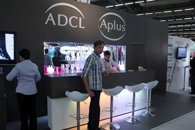 Stand ADCL et son bar