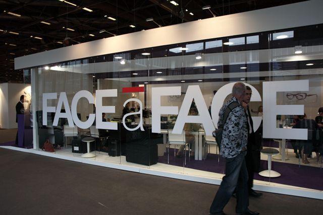 Chez Face A Face, tout est trasparent !