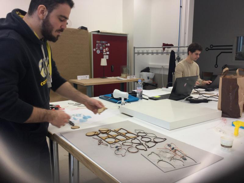 Pour le prototypage, les participants avaient accès à des outils tels que l'imprimante 3D
