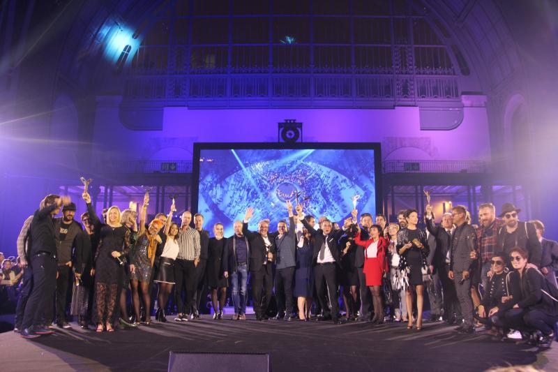 Tous les lauréats des Silmo d'Or 2017 réunis sur scène. ©Acuité 2017