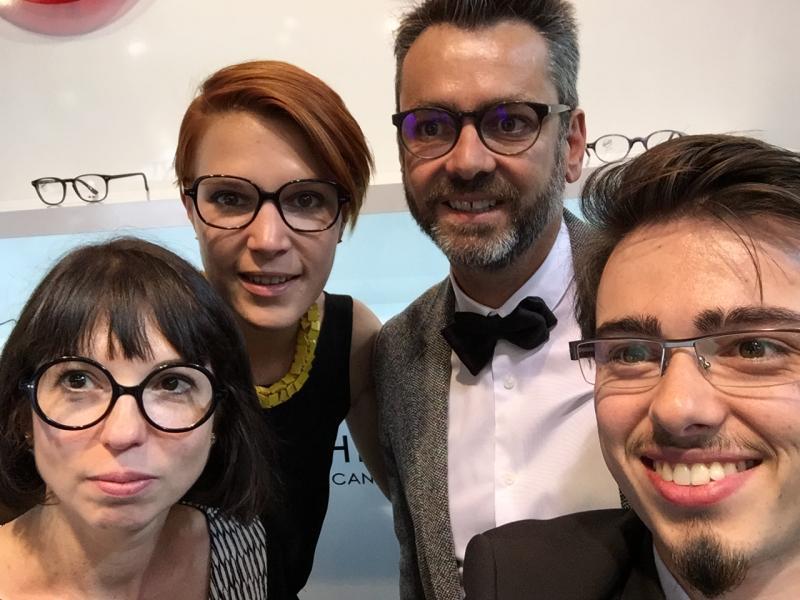 Vincent avec l'équipe de design et du marketing de chez Roussilhe