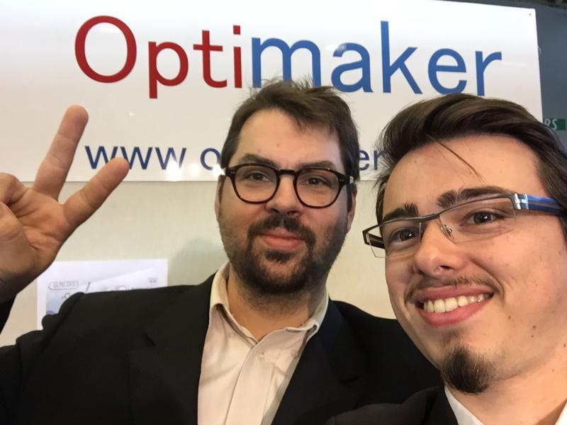 Vincent et Charles Dagneaux sur le stand Optimaker