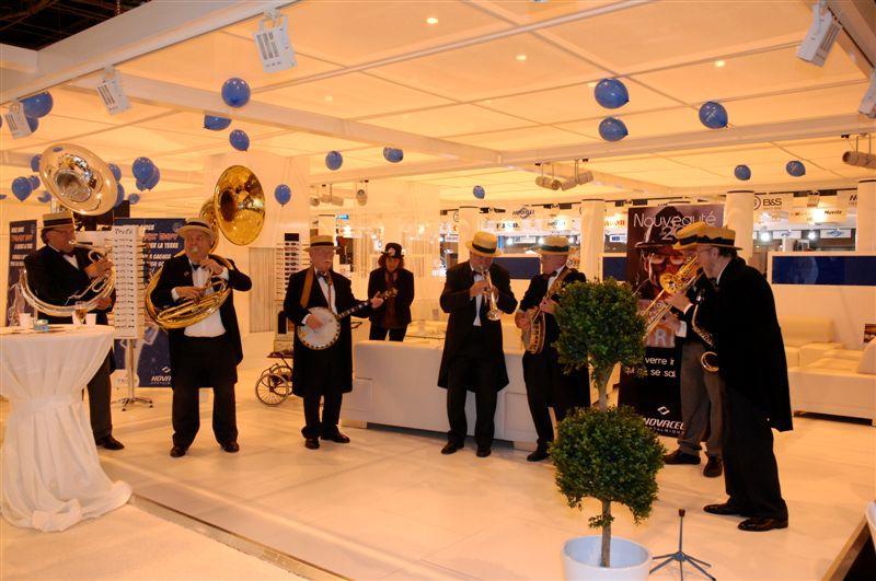 Jazz sur le stand Novacel